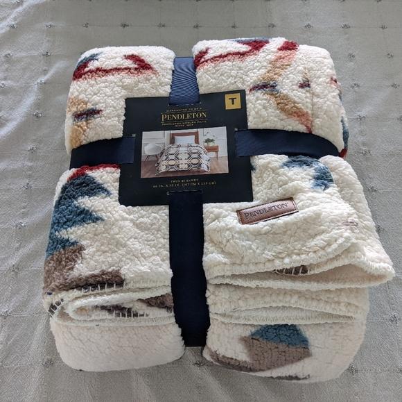 "Pendleton Blanket Twin 66"" x 92"""